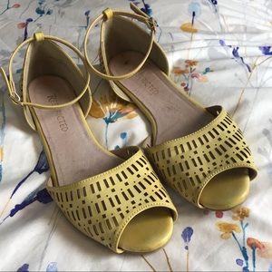 Open toe yellow sandals